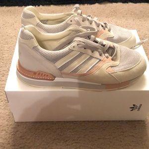 Adidas solebox men's size 9 1/2 (women's 11)
